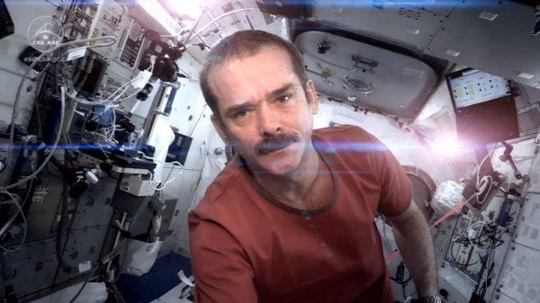 chris hadfield, space oddity, kosmos, space, książka, books, recenzje, review